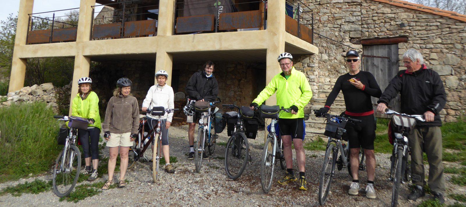 cyclistes au gite du quintanel